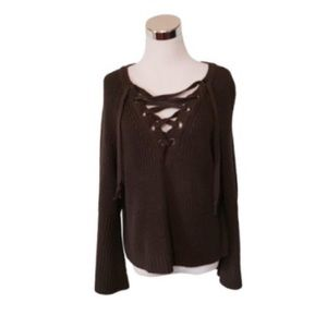 ◼️REPOSH◼️ekAttire Knit Sweater
